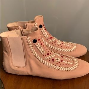 Tod's Shoes - Tod's Ankle Pink swede boho boots